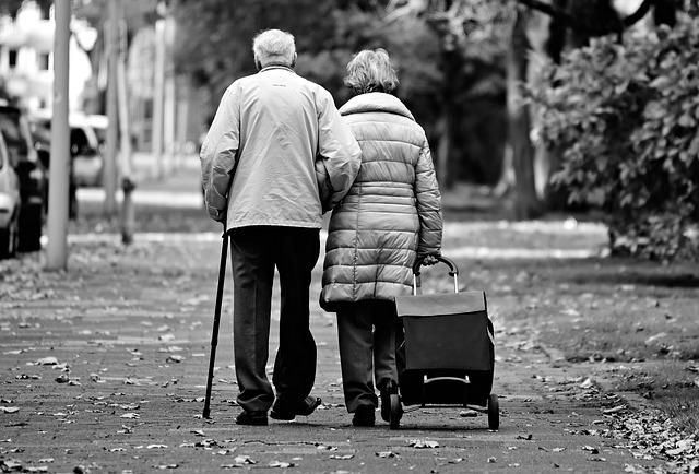 Alzheimer - przyczyny, objawy, leczenie.